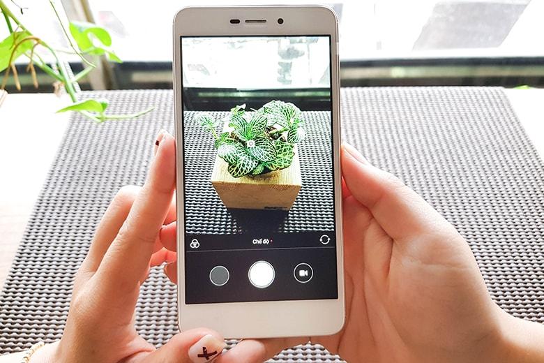 Thay-camera-sau-xiaomi-chat-luong-viendidong