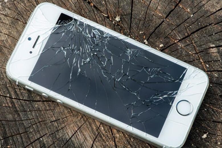 màn hình iPhone 6 đơn thuần chỉ bị hở viền, hở sáng; hay không lên hình, bị tối đen do phần mềm hoặc nguồn gây ra. Ngoài ra còn có lỗi loạn liệt cảm ứng do IC chẳng hạn.