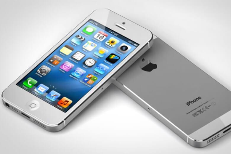 Phone 5được nhà 'Táo' đã cho ra mắt cách đây 7 năm, nhưng vì ngoại hình nhỏ gọn đi kèm với hiệu năng ổn định, phù hợp với nhu cầu của một số người dùng tại Việt Nam nên tới thời điểm hiện tại vẫn có một số lượng rất đông khách hàng còn sử dụng chiếc điện thoại này.