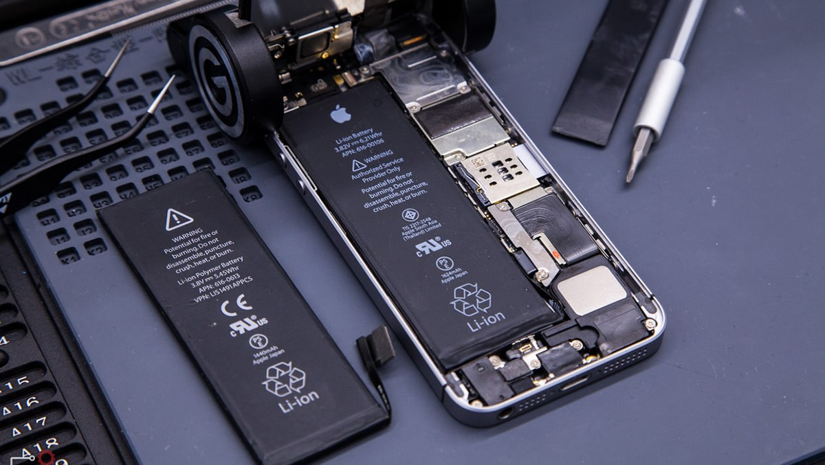 Muốn Thay Pin iPhone 6, 6 Plus FPT Nên Đọc