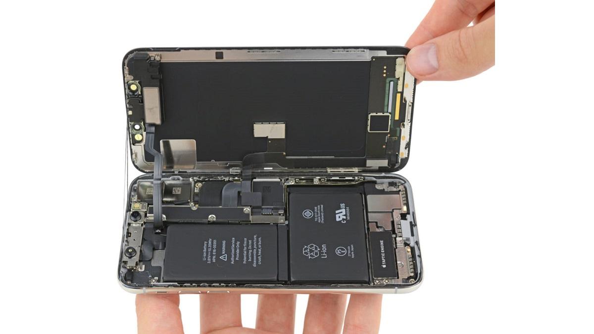 Pin iPhone XS Max Giá Bao Nhiêu?