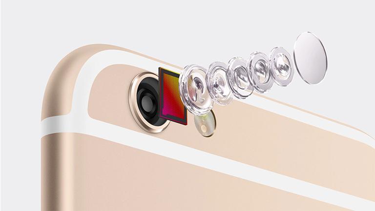 Quá trình thay camera iPhone 6 khá nhanh
