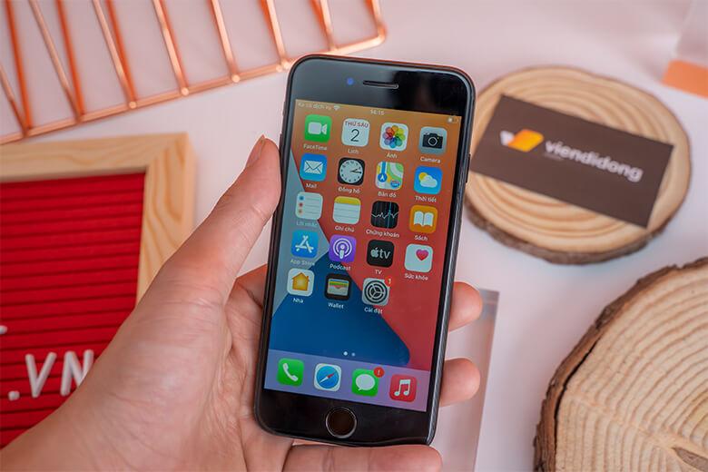 iPhone 7 32GB Cũ Bộ vi xử lý A10 Fusion 4 cho hiệu năng mạnh mẽ, khiến cho mọi tác vụ của bạn sẽ được xử lý nhanh chóng.