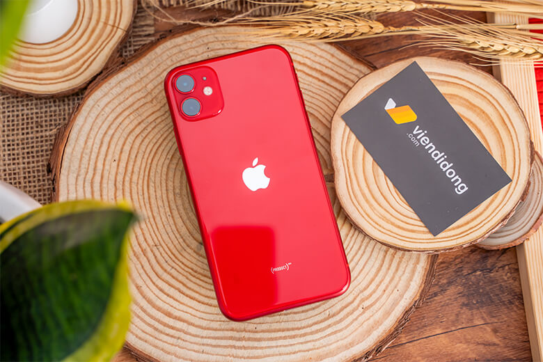 Apple vẫn ưu ái cho chiếc iPhone định vị ở phân khúc tầm trung này con chip hàng đầu của hãng - Apple A13 Bionic. Theo như chính hãng công bố thì sức mạnh của con chip này đi trước thế giới đến 2 năm công nghệ.