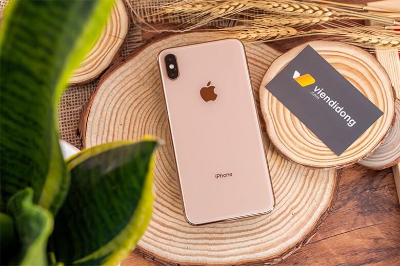 iPhone Xs 256GB cũng được cải tiến mạnh mẽ với chip xử lý A12 Bionic. Đây là con chip mạnh mẽ nhất tại thời điểm, chip được sản xuất trên tiến trình 7nm cao cấp.