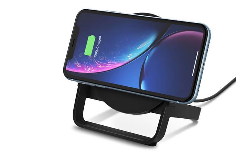 Ngoài ra đế sạc không dây BOOST ↑ UP còn được thiết kế để tương thích với mọi thiết bị hỗ trợ Qi.