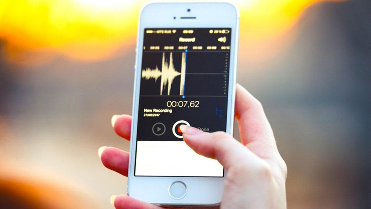Làm cách nào để ngăn iPhone tự động ghi âm tin nhắn thoại?