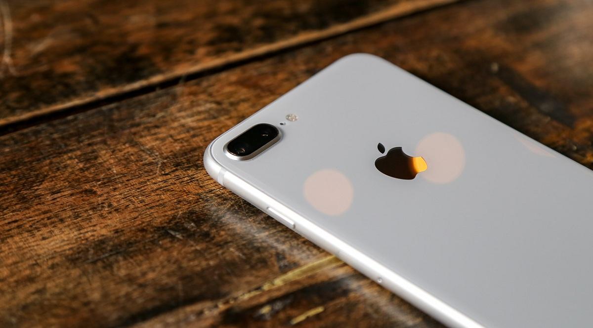 Có nên mua iPhone 8 Plus cũ trong năm 2020?