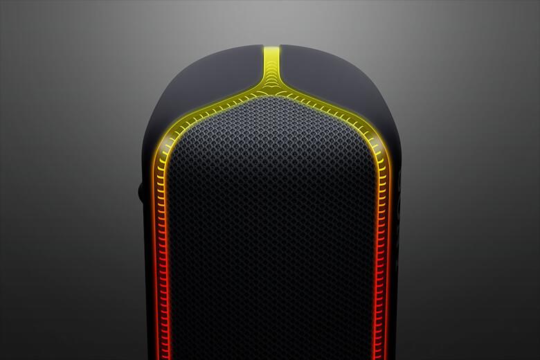 Với thiết kế mới này chắc chắn người dùng sẽ bị thu hút bởi dải LED tràn ra hai bên đầu loa tạo hình chữ Y, kết hợp với thân loa trụ tròn.