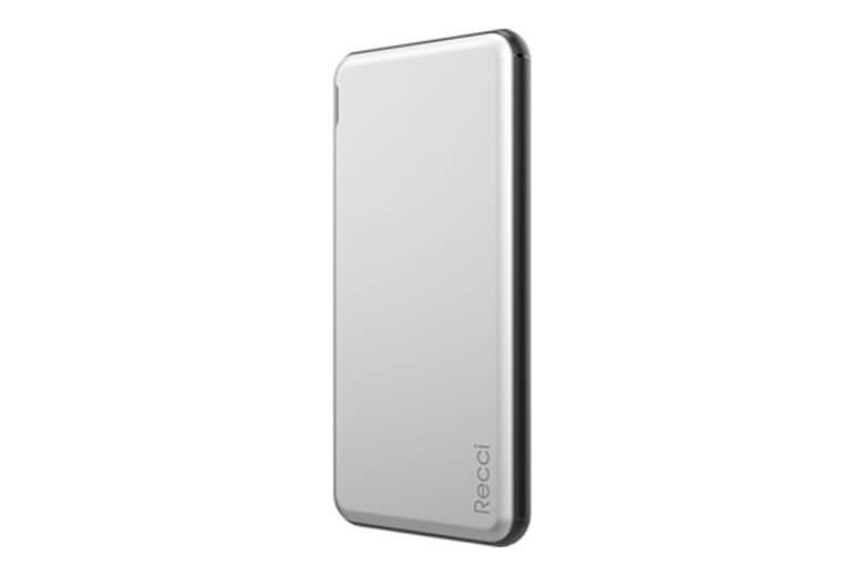 Pin sạc dự phòng nhanh Recci Legend 12000mAh (PD + QC3.0) có kích thước chuẩn là 15.6 x 8.1 x 13 mm nhỏ gọn dễ dàng mang theo bên mình.