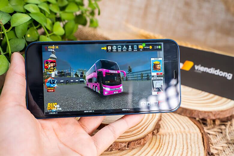 iPhone 12 128GB (VN/A) chính hãng được cung cấp sức mạnh bởi con chip A14 Bionic được giới thiệu lần đầu trên iPad Air 4 2020