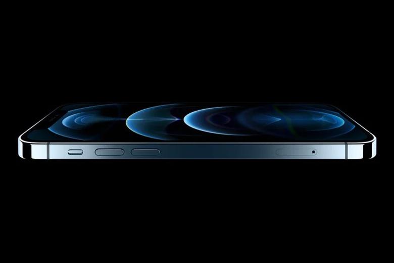 iPhone 12 Pro 256GB chạy trên hệ điều hành iOS 14.2 được hỗ trợ bởi chipset Apple A14 Bionic 5nm, được cho là nhanh hơn 50% và hiệu suất tốt hơn so với bất kỳ chipset di động nào khác trên thị trường.