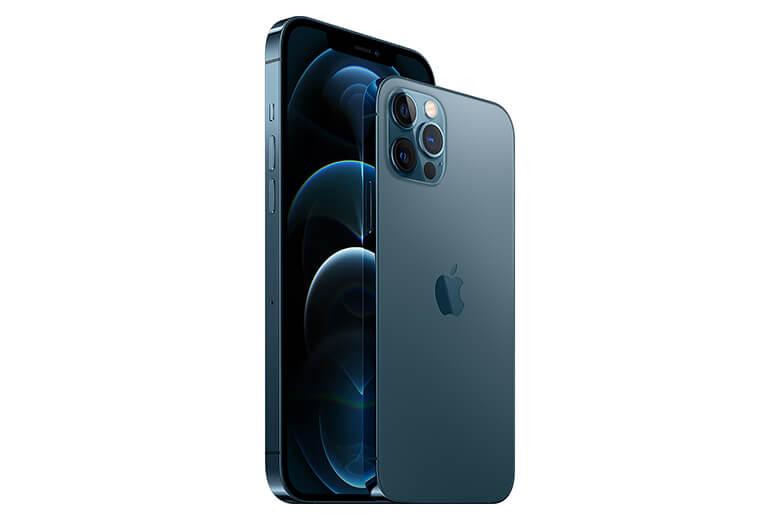 iPhone 12 Pro được trang bị con chip A14 Bionic khá khủng. Đây là con chip đầu tiên trong ngành công nghiệp điện thoại thông minh được xây dựng trên quy trình 5 nanomet để cải thiện hiệu suất một cách tối ưu nhất.