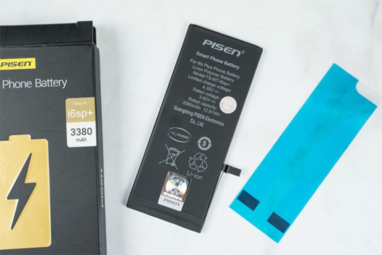 pin Pisen iPhone 8 Plus dung lượng cao sẽ cung cấp thêm cho điện thoại dung lượng pin cao hơn 14% so với dung lượng gốc và cao hơn đến 22% đối với pin Pisen dung lượng siêu cao.