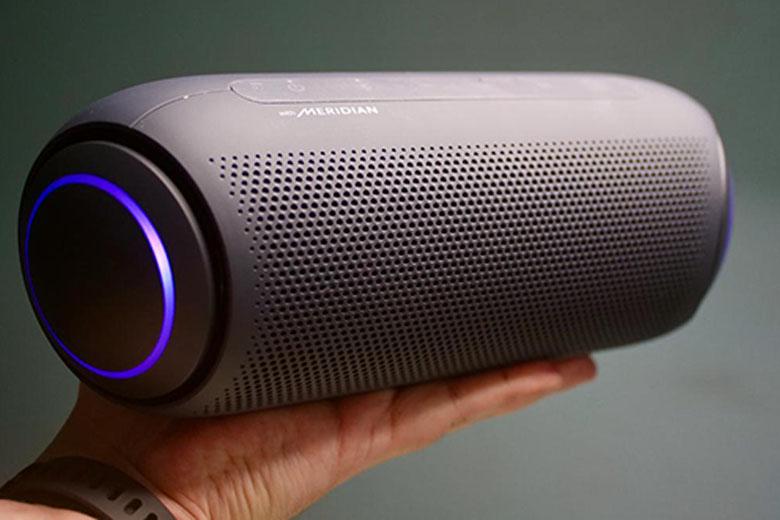 Loa di động Bluetooth LG XBOOMGO PL7 có thiết kế sang trọng