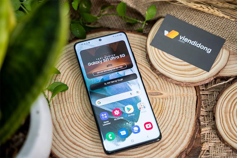 Samsung Galaxy S21 Ultra trang bị kính cường lực Gorilla Glass Victus, loại kính cường lực ưu việt nhất từ trước đến nay, đem đến trải nghiệm an toàn khi màn hình bền bỉ vượt trội