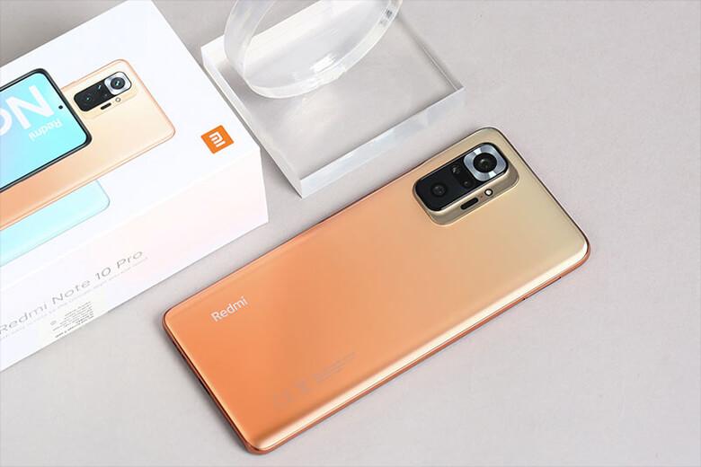 Redmi Note 10 Pro của nhà Xiaomi sở hữu hệ thống camera được nâng cấp hàng đầu như cảm biến chính Samsung ISOCELL HM2 108MP, ống kính tiêu chuẩn khẩu độ f/1.9, lấy nét PDAF