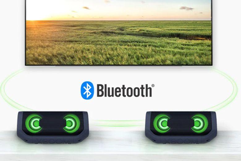 Ngoài ra loa LG XBOOM Go PN5 còn có thể mang đến âm thanh chân thực cho TV LG