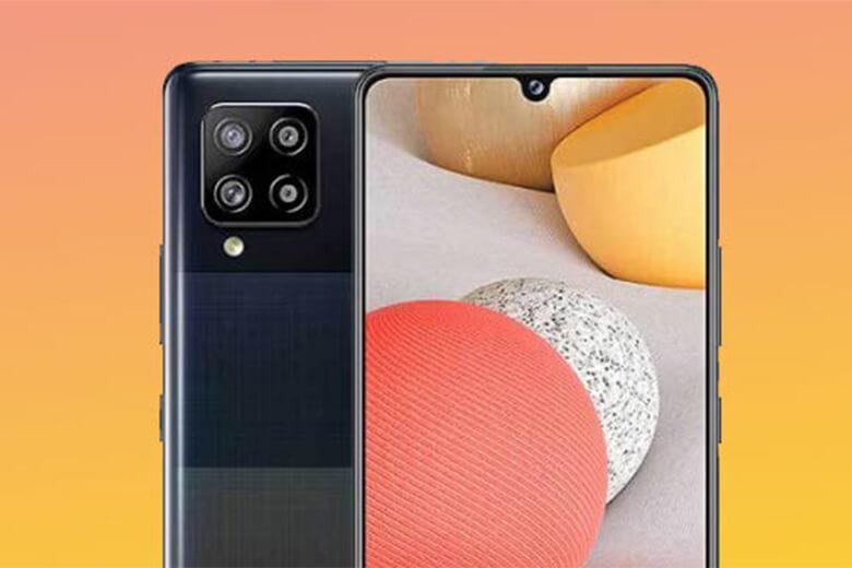 camera chính với bốn cảm biến hình ảnh, trong đó độ phân giải chính là 48MP với đèn flash LED khẩu độ f/1.8, cùng với một camera góc siêu rộng 8MP với khẩu độ f/2.2, một macro mô-đun và độ sâu cảm biến có cùng độ phân giải 5MP với khẩu độ f/2.4và một camera trước 20MP với khẩu độ f/2.2.