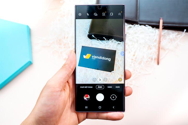 Galaxy Note 20 Ultra được trang bị S-Pen cung cấp cho máy 5 tác vụ mọi nơi dựa trên tác vụ Air Actions từ dòng Galaxy Note 10