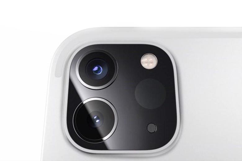 iPad Pro 2021 11inch M1 512GB 5G có camera trước 12 megapixel siêu rộng với trường nhìn 122 độ hoạt động cùng với tính năng theo dõi camera mới có tên là Center Stage.