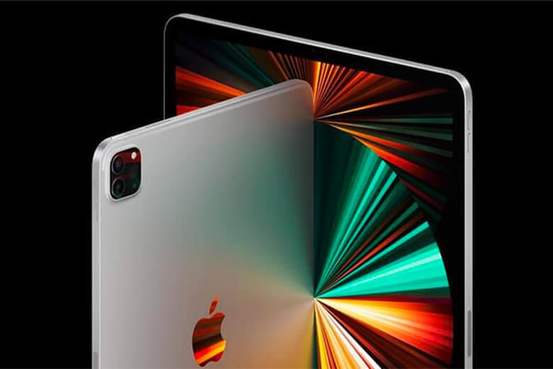 Thiết bị được chạy trên chip M1 mạnh nhất từ trước đến nay của Apple, đây là con chip tương tự có thể được tìm thấy trong iMac mới và MacBook Pro mới nhất. Với con chip này, thiết bị sẽcó một CPU 8 nhân sẽ cung cấp hiệu suất tăng lên đến 50% so với iPad tiền nhiệm, cùng với GPU tám lõi với 16 nhân Neural Engine.