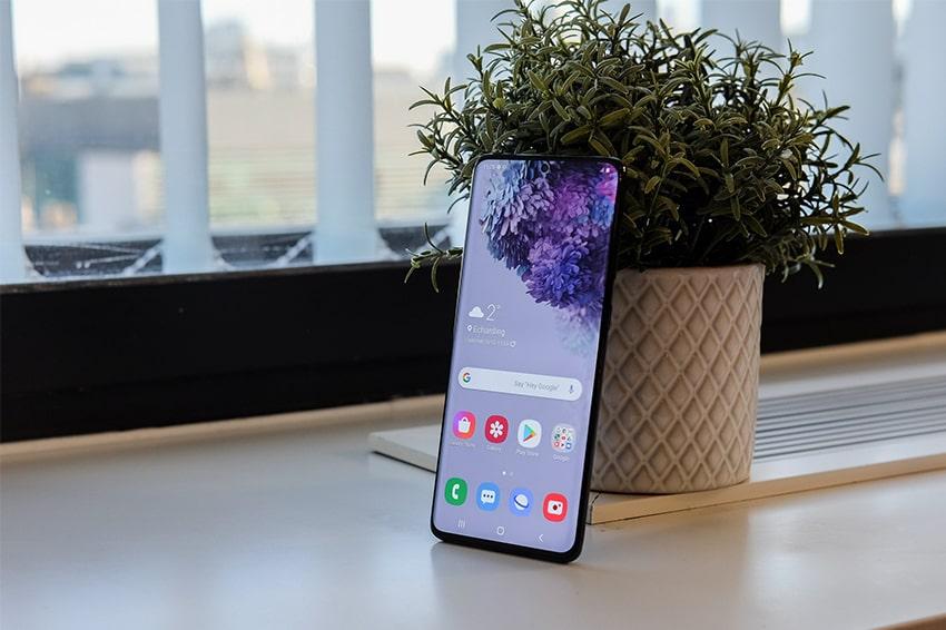 Samsung S20 - nhỏ gọn, giá rẻ nhất dòng