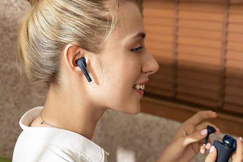 Tai nghe Bluetooth Defunc True Go Slim có kết nối Bluetooth 5.0 mạnh mẽ ổn định, giữ nguyên được kết nối kể cả khi đang di chuyển nhanh, vận động mạnh dễ gây mất kết nối nhất và cách xa thiết bị trong vòng bán kính 10m.