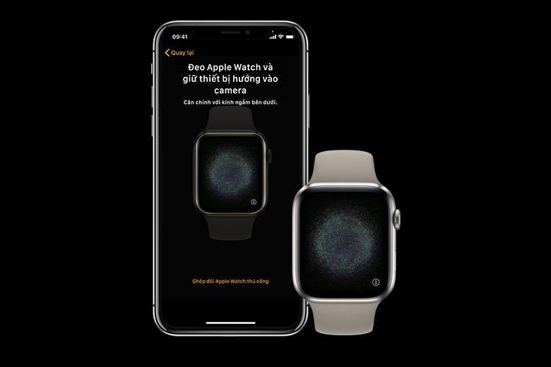 Đưa iPhone lại gần Apple Watch của bạn, đợi màn hình ghép đôi của Apple Watch xuất hiện trên iPhone, sau đó chạm Tiếp tục.