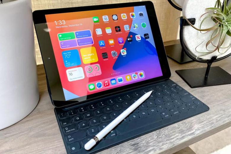 iPad Gen 8 2020 có hỗ trợ bút S-PEN mang đến nhiều trải nghiệm hấp dẫn