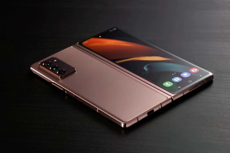 Galaxy Z Fold 3 sẽ được bán kèm với một bộ sạc 25W