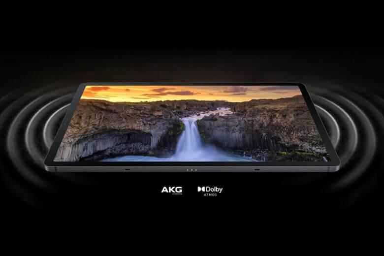 Galaxy Tab S7 FE sẽ được trang bị con chip Snapdragon 750G với bộ vi xử lý 8 nhân, sản xuất trên quy trình 8nm với lõi CPU Kryo 570 mới, GPU Adreno 619, có 4GB RAM và 64GB bộ nhớ trong