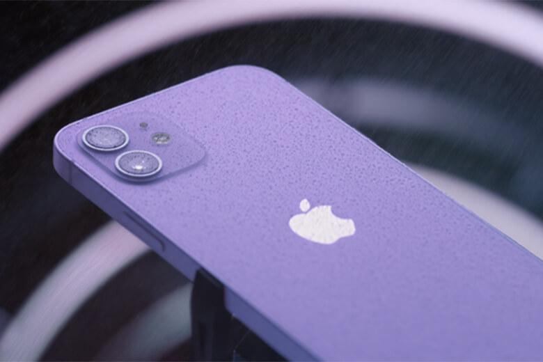 iPhone 12 mini có thể nhỏ nhưng chắc chắn không thiếu năng lượng. Bộ vi xử lý mới nhất của Apple, A14 Bionic 5nm kèm chip cấu hình GPU do chính Apple sản xuất