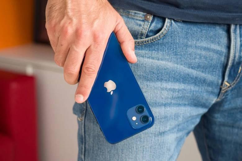 Điện thoại iPhone 12 màu xanh