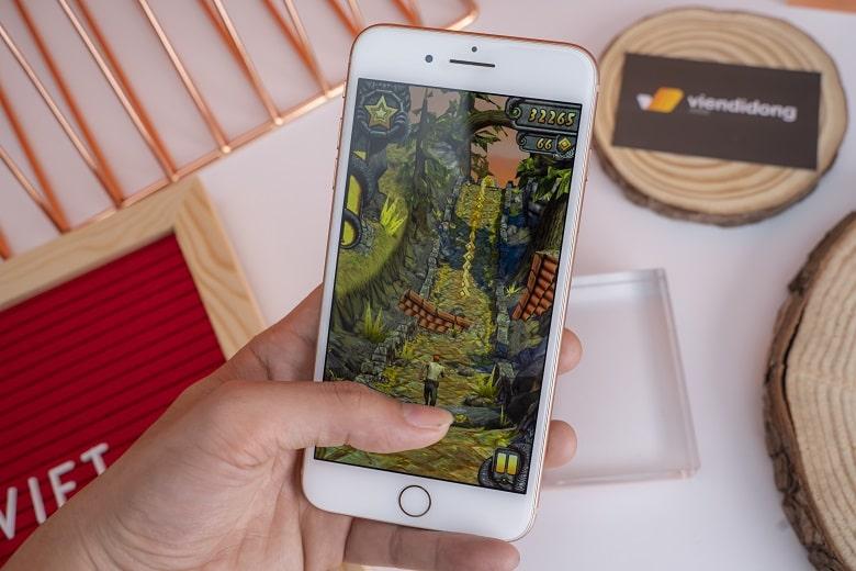 iPhone 8 series có hiệu năng ổn định, đảm bảo các tác vụ của người dùng luôn nhanh chóng