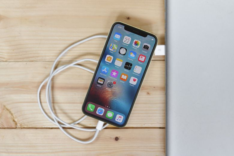 Không sạc iPhone thông qua máy tính