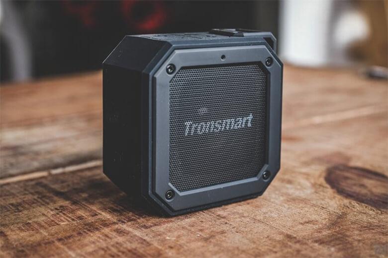 Các dải âm của loa được thiết kế có âm bass mạnh mẽ trầm ấm, âm cao thanh thoát sắc nét không pha tạp những âm thanh khác
