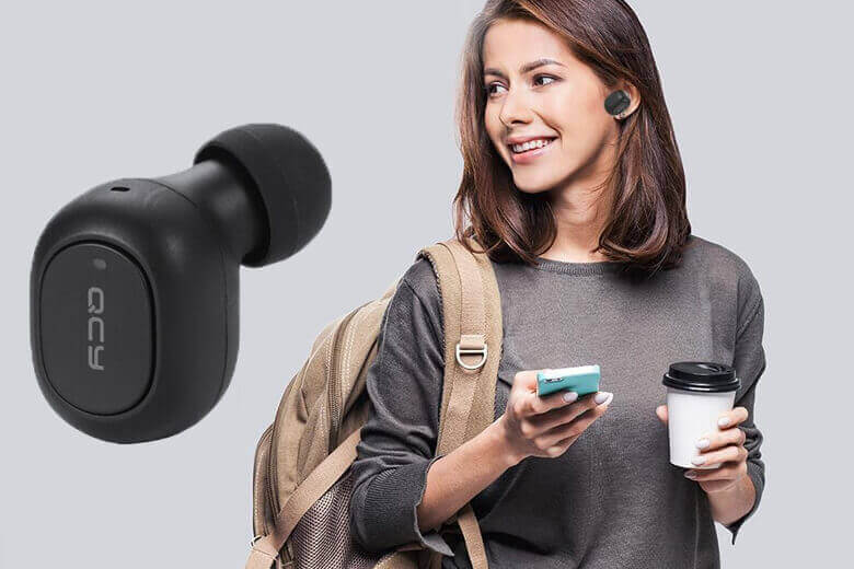 Tai nghe QCY T1C có thể kết nối Bluetooth 5.0 mới nhất cùng khả năng kết nối cực cao trong vòng bán kính 1om mà vẫn có thể giữ nguyên được chất lượng âm thanh, không bị nhiễu, đứt quãng